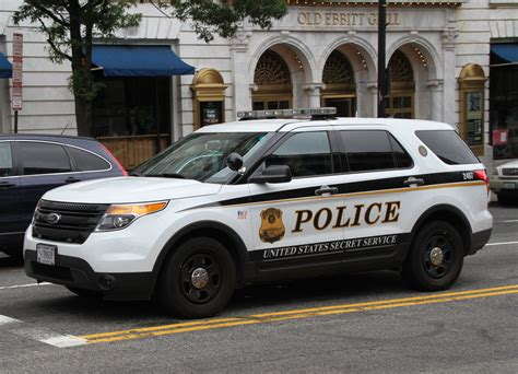 Secret Service Car by Secret Service Settles Racial Discrimination With 24