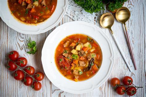 Zupa gulaszowa - Po Prostu Pycha