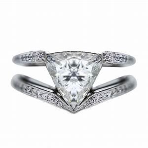 Platinum 270 carat trillion cut diamond engagement ring for Trillion cut wedding rings