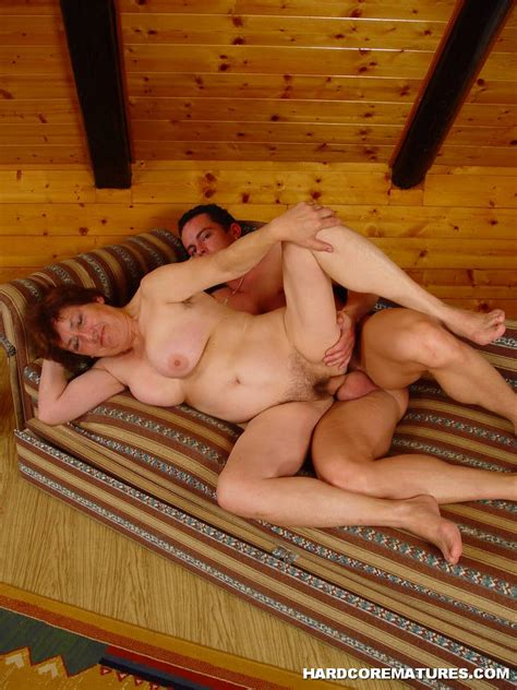 Redhead Granny Gets Cum On Hairy Pussy Page