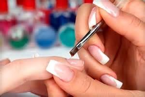 Бондер преппраймер дегидратор и праймер для ногтей в чем отличие как выбрать и технология нанесения.