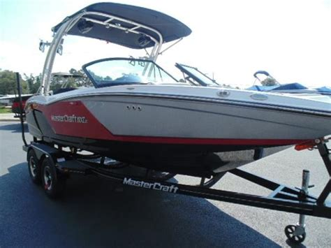 Wakeboard Boat Insurance by Five Affordable Wakeboarding Boats Boats