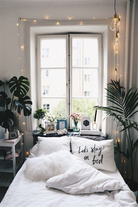 Bedroom Decorating Ideas For A Small Room by Misbegottens Eloise Martinez Room Goals
