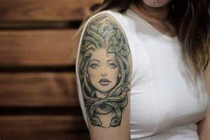 80 Elegant Medusa Tattoos On Shoulder