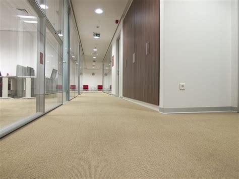 Schickes Büro  Und Welcher Fussboden