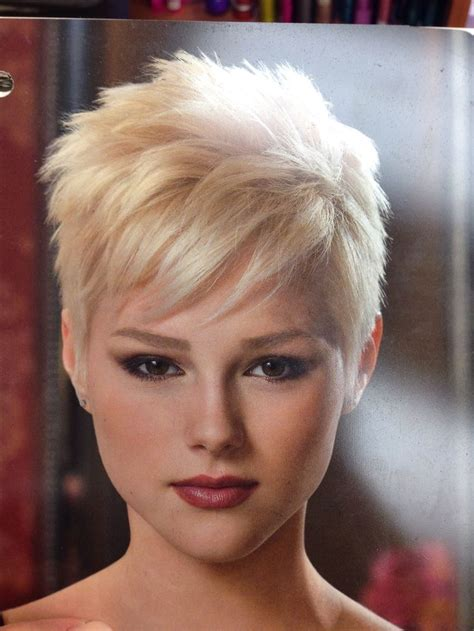 226 best hair styles images on pixie haircuts