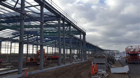 epping forest shopping park nears completion   pierce