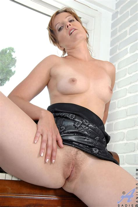 freshest mature women on the net featuring anilos sadie mature naked woman