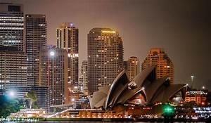 Sydneys Bustling Nightlife Travel Hymns