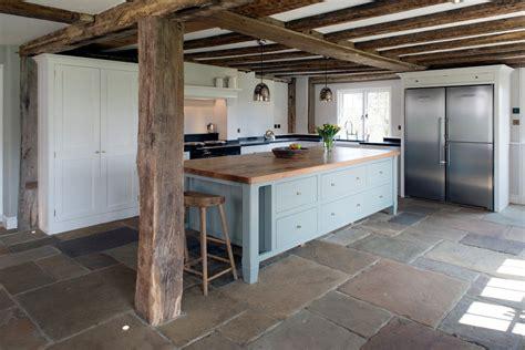 renover cuisine en chene renover une cuisine en chene massif renover cuisine bois