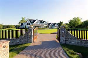 Country Mansion 8 5 Million Country Style Mansion In Sugar Land Tx Homes Of The Rich