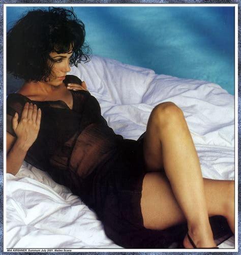 Jodi Lyn O Keefe Sexy Pics - mia kirshner sexy celebrity legs zeman celebrity legs