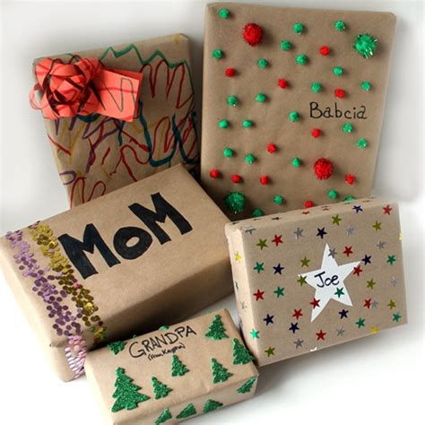 how to wrap christmas presents 25 cute diy gift wrapping ideas for kids