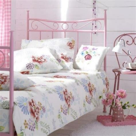 Bedroom Decor Ideas Vintage by 20 Vintage Bedrooms Inspiring Ideas Decoholic