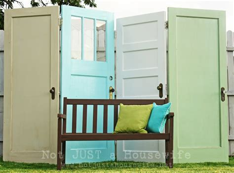 10 diy ideas to give new to doors