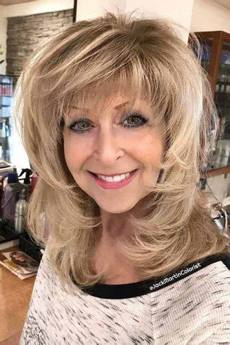 10 Gorgeous Medium Length Hairstyles For Women Over 50