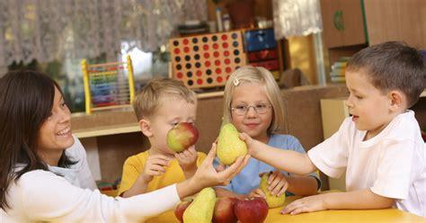 head start program helps reduce childhood obesity cbs news