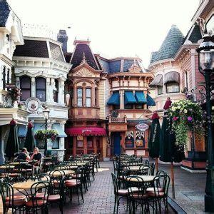 Quanto Costa L Ingresso A Disneyland Eurodisney Parigi Quanto Costano E Dove Acquistare I