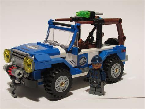 jurassic world jeep jurassic world jeep jurassicworld ideas