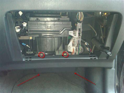 04 Vibe Fuse Box by Wrg 2833 04 Pontiac Fuse Box Location