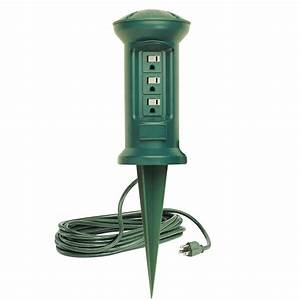 Outlet swivel head outdoor power stake string light
