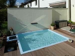 Kleiner Pool Für Terrasse : reihenhausgarten mit wasserbecken in einem kleinen reihenhausgarten garten garten haus und ~ Orissabook.com Haus und Dekorationen