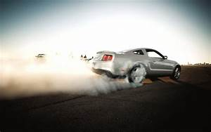 Ford mustang burnout - HDWallpaperFX