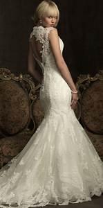 Open back lace wedding dress siji ipunya for Lacy wedding dresses