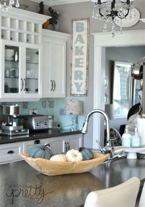 canadian bloggers home tours  fall home  pop