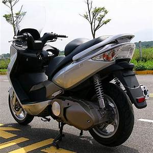 Kymco Xciting 250-500   Repair Manual