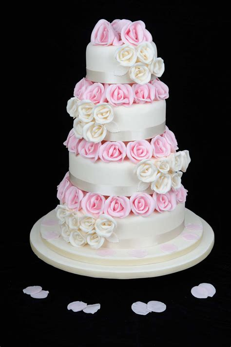 iced selection ultimate wedding cakes cheshire iced