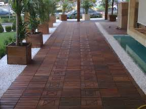 Wood Tile Decking by Ipe Wood Deck Tiles For Hard Wearing Outdoor Flooring