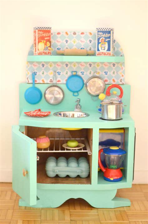 cuisine en bois enfants diy une cuisine enfant en bois à fabriquer à partir de