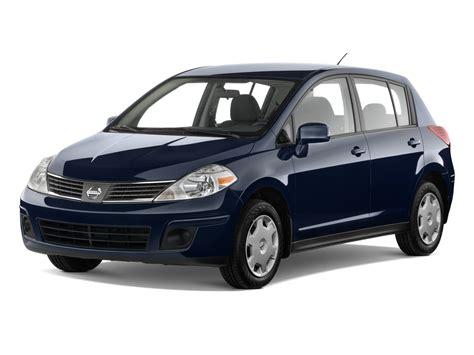 nissan tiida 2008 hatchback 2008 nissan versa reviews and rating motor trend