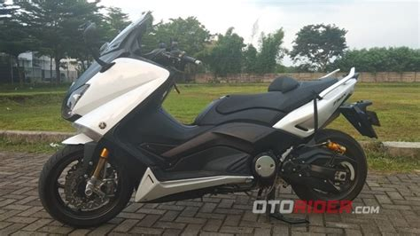 Motor Pertama Di Dunia by Modifikasi Yamaha Tmax Ini Milik Orang Indonesia Bisa
