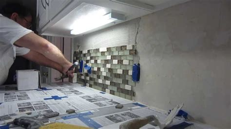 how to install kitchen backsplash how to install glass mosaic tile backsplash part 2