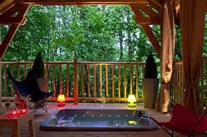 Cabane De Luxe : cabane de luxe sur pilotis avec jacuzzi et sauna privatif ~ Zukunftsfamilie.com Idées de Décoration