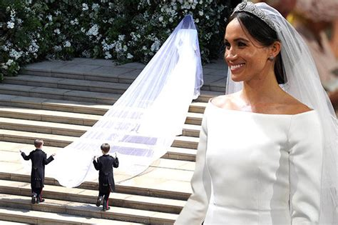 Markle Wedding Dress : Meghan Markle Wedding Dress Photos