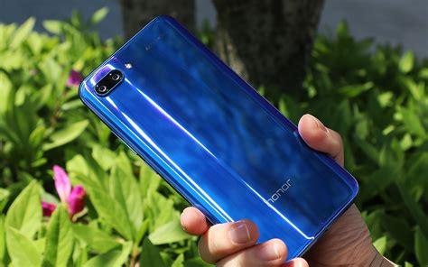 Trên tay Honor 10: Phiên bản thu nhỏ của Huawei P20 Pro ...