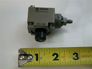 Telemecanique 240v Limit Switch Full Assembly Zck