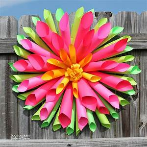 DoodlecraftSpring Dahlia Wreath and Astrobrights Papers
