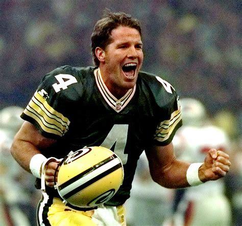 Brett Favre Returns To The Super Bowl As Three Time Nfl