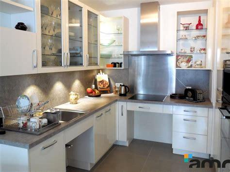 cuisine ergonomique cuisine fixe sur mesure ergonomique pour personne