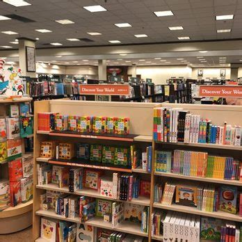 barnes and noble henderson barnes noble 156 photos 79 reviews bookshops 567