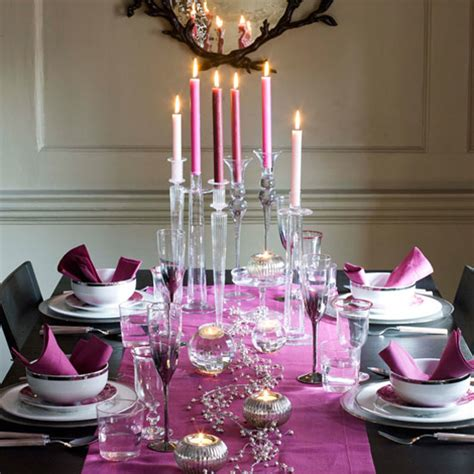 25 dining table centerpiece ideas 25 christmas table decorating ideas digsdigs