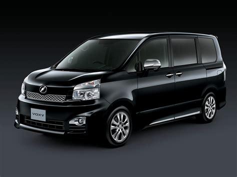 Toyota Voxy Picture by Toyota Voxy Zs Quot Kirameki Iii Quot 10 2012 14