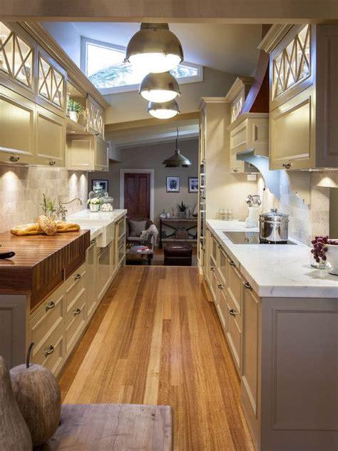 comment n ocier une cuisine aménager une cuisine en longueur 20 exemples pour vous
