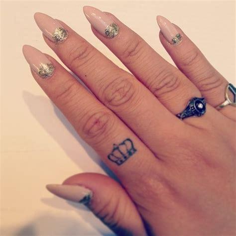 mini tattoo designs   love pretty designs