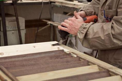 restauro persiane in legno lo ta r come si svolge il restauro persiane in legno