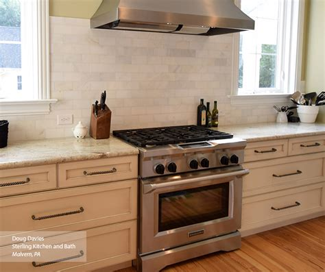 masterbrand cabinets inc jasper in oyster white cabinet paint on maple omega